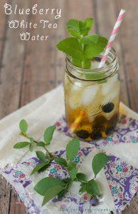 Fresh Blueberry white tea water