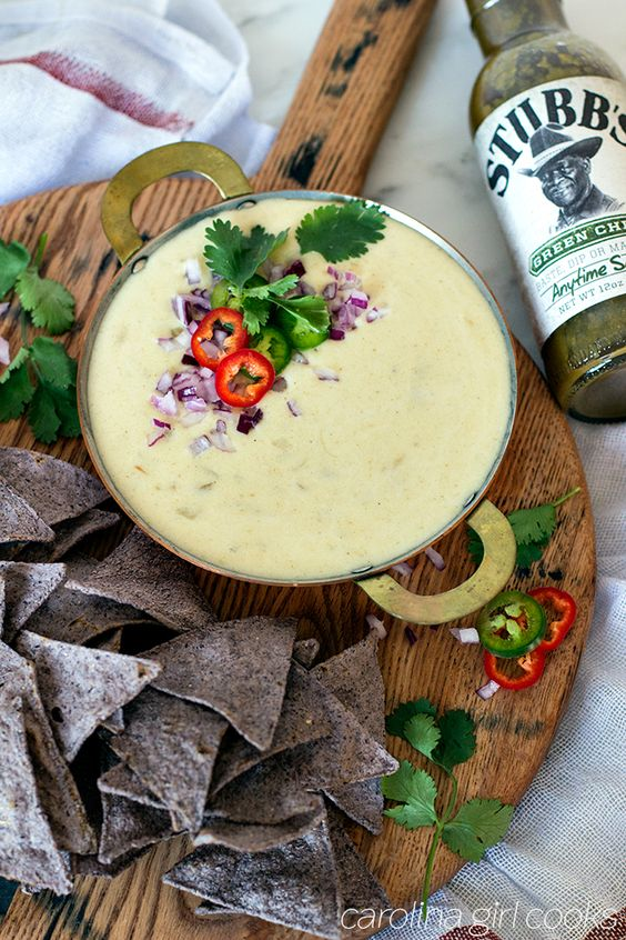 Stubbs Green Chili Anytime Sauce queso
