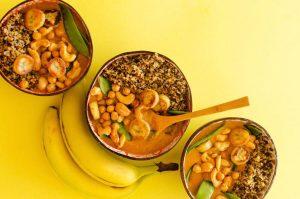 3 banana Thai curry and bananas on table